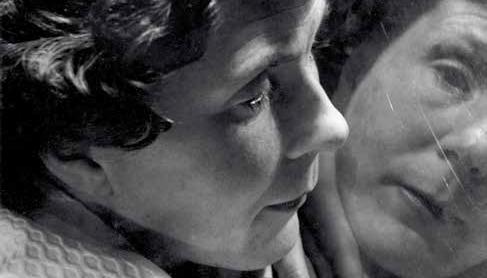 Angèle Vannier, l'aveugle à son miroir