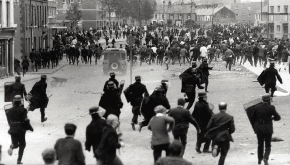 1968, Irlande du Nord : une guerre s'amorce