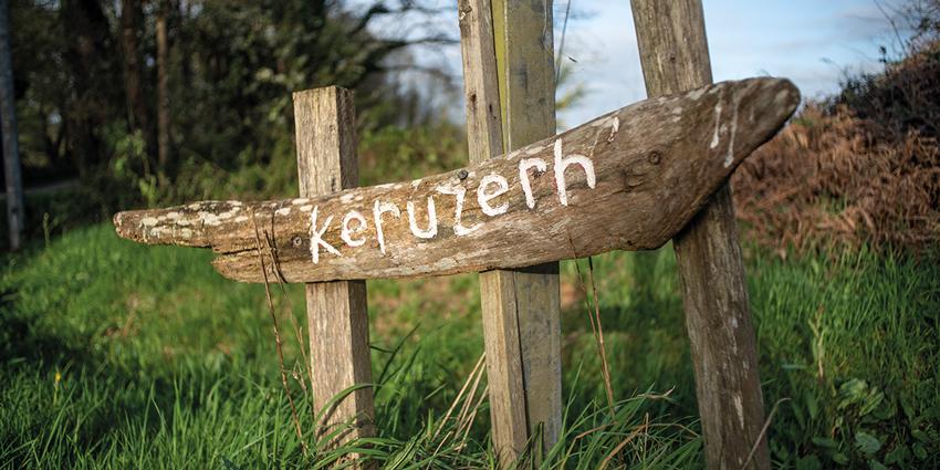 Le hameau de Keruzerh, Bretagne